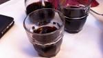İkea bardaklarında şarap
