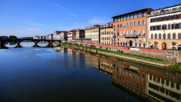 Arno'da yansımalar