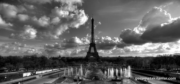 Trocadéro'dan Eiffel Manzarası