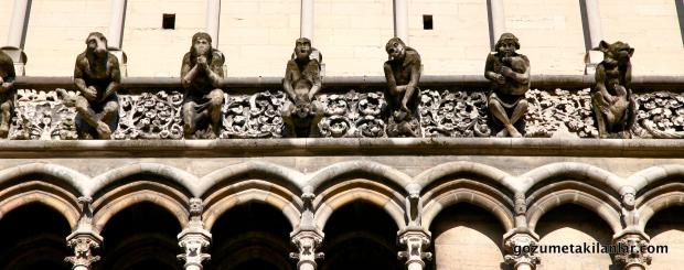 Dijon Katedrali